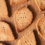 Crackers de harina de arroz y trigo sarraceno